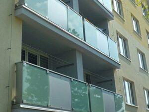 Zábradlí balkonové skleněné