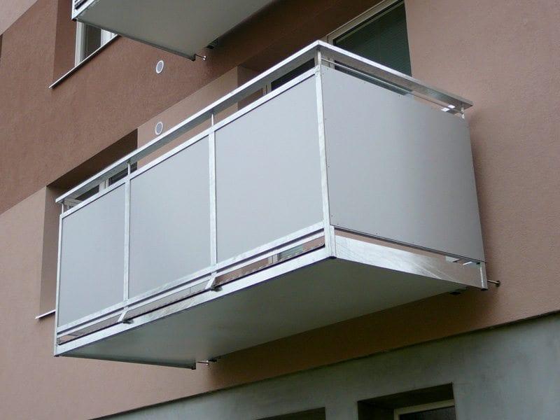Balkon výplň hladká