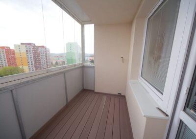 Vložená balkonová konstrukce