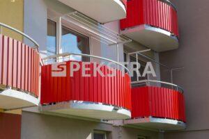 Obloukové balkony s T sušákem