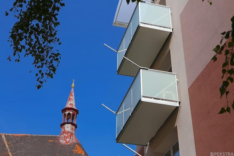 Balkony s výplní bezpečnostním sklem
