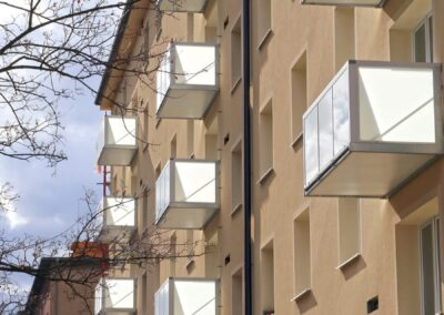 balkony-hlinikove-madlo-02