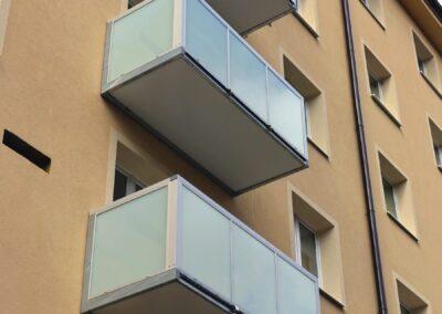 balkony-hlinikove-madlo-03