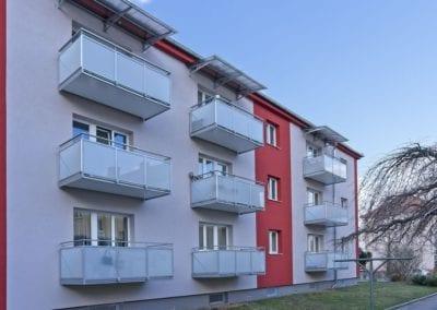 Balkony se sklem