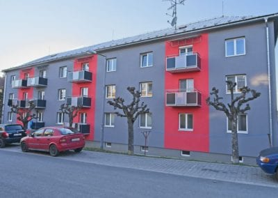 Balkony s kombinovaným opláštěním