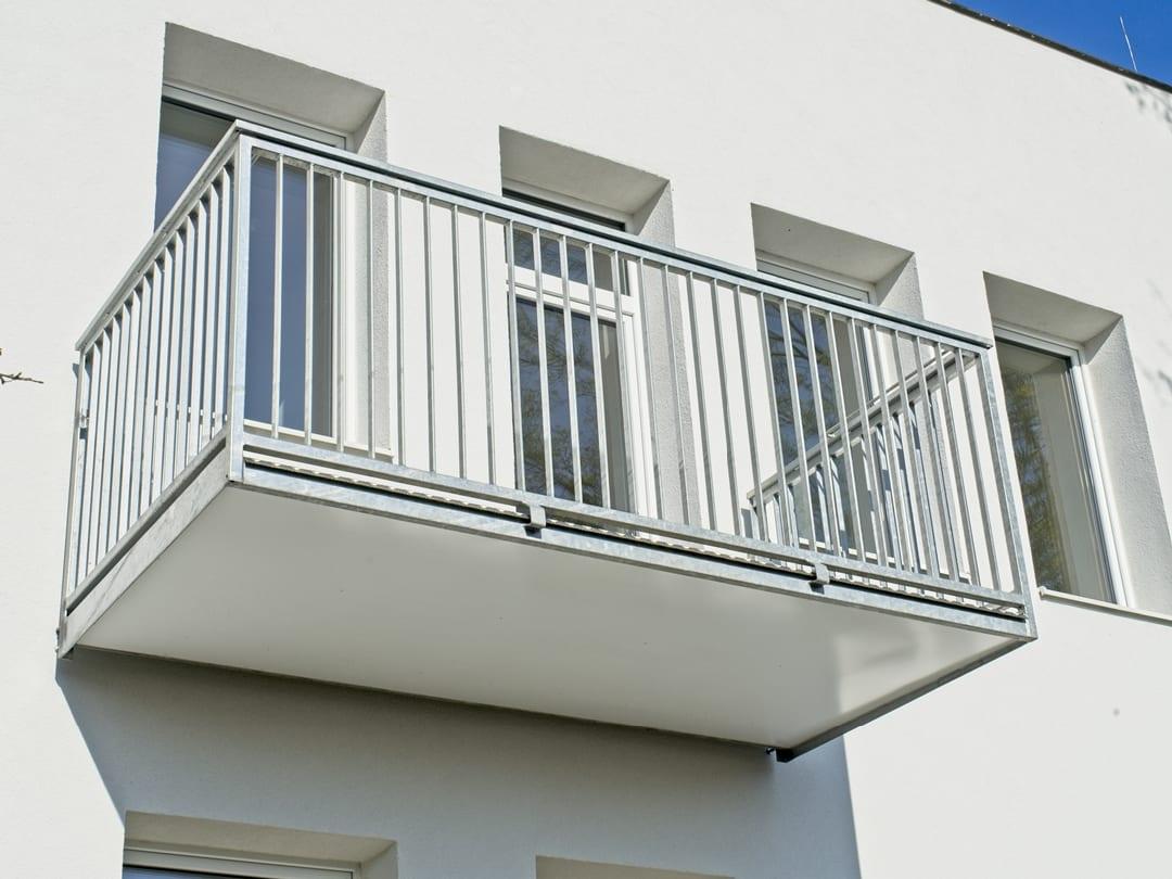 Balkony normal žbrdlení