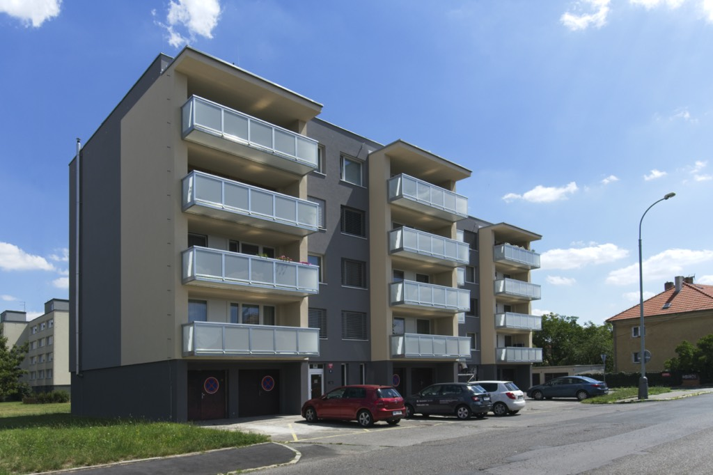 Závěsný balkon 600 x 120 cm