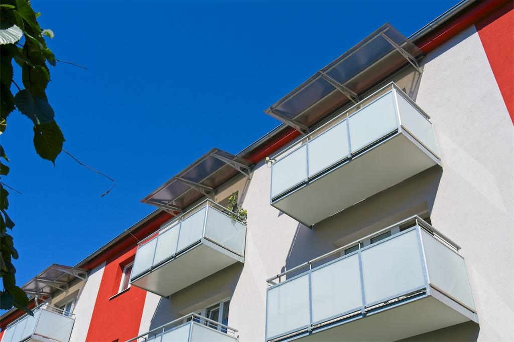 Balkony, skleněná výplň