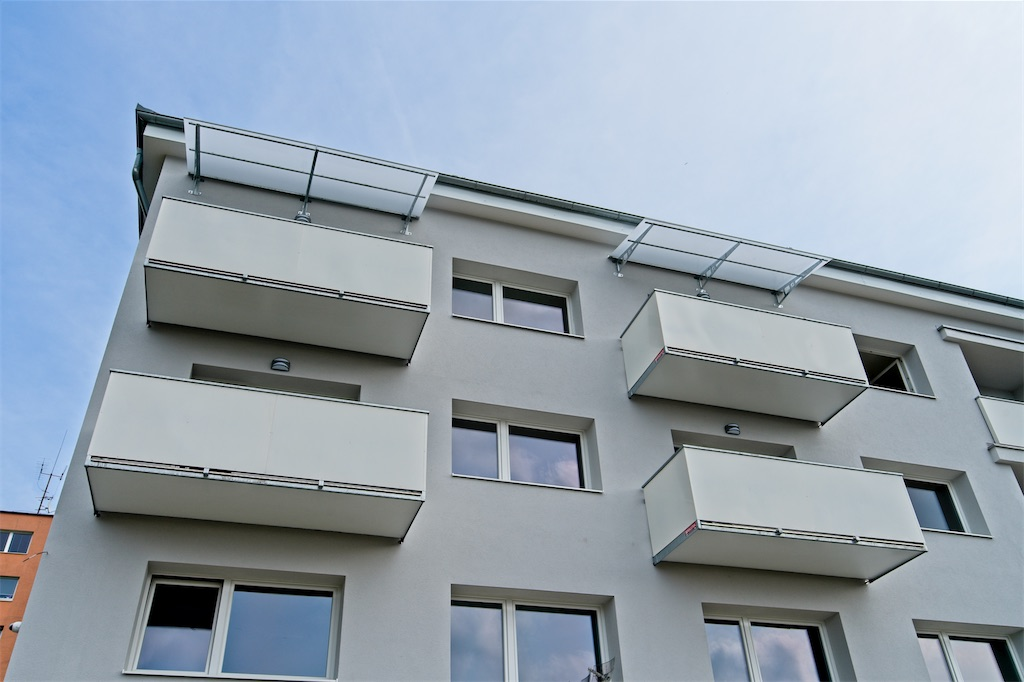 Balkony a zábradlí, plná výplň